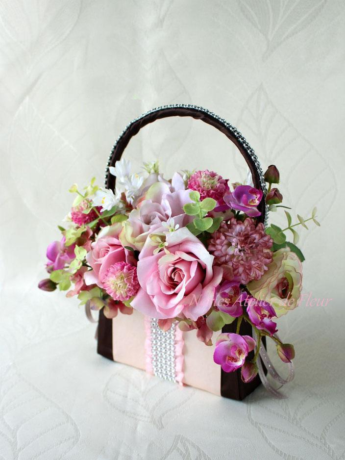 Kayllee カイリー ピンクのバラのバッグ型ブーケ
