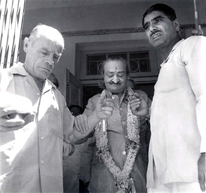 Poona, India ; Francis, Meher Baba and Eruch Jessawala