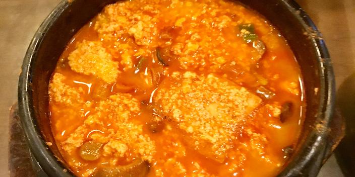 Korean tofu soup
