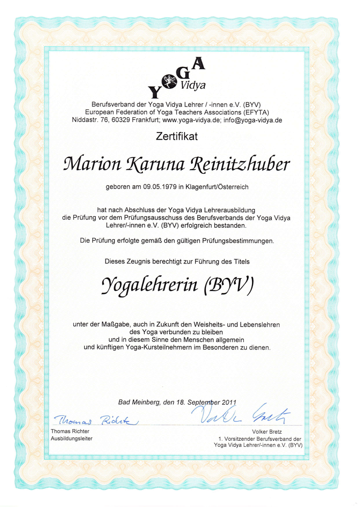 Zeugnis Yogalehrer - Dr. Marion Reinitzhuber