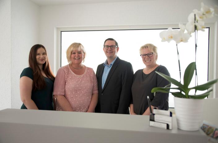 Team Bild mit Irina Skalenko, Ulrike Hilger, Thomas Reuter, Gaby Junker
