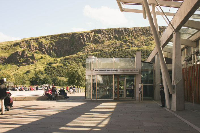 Edinburgh Scotland ofpenguinsandelephants of penguins and elephants Scottish Parliament Arthur's Seat