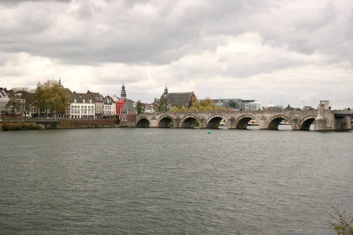 Maastricht Netherlands ofpenguinsandelephants river Maas view bridge
