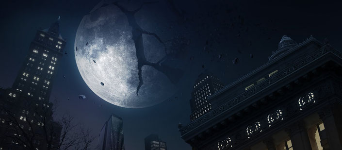 Image of moon shattering in night sky from the 2002 movie The Time Machine.
