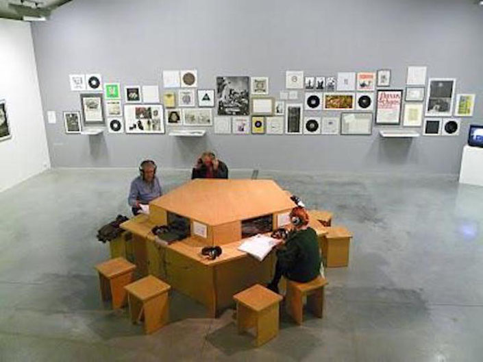 A listening table allows visitors to access sound samples by almost all works of the collection. Here a view in La Maison Rouge Paris, 2010
