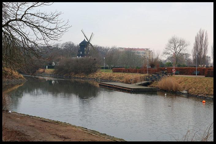 Kungsparken Malmö Schweden Windmühle