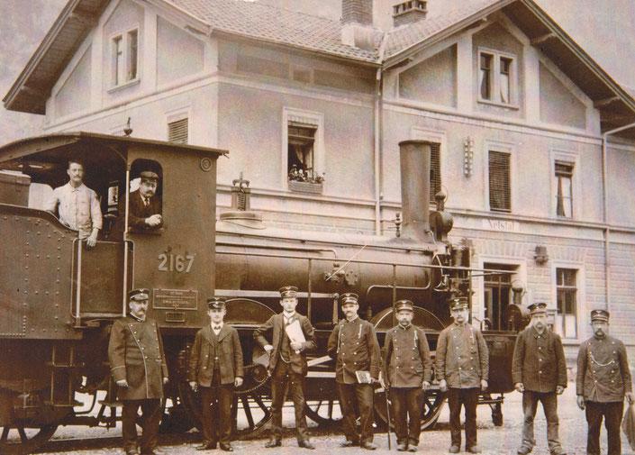 Bahnhof Netstal,  vermutlich um die Jahrhundertwende 1900