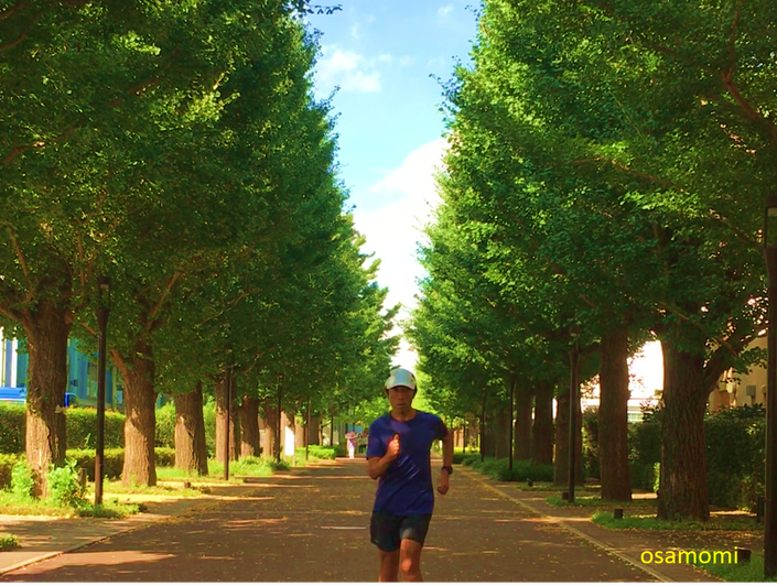 腕立て伏せで体幹強化と猫背矯正。中高年からのウォーキング・競歩、昭島市のオサモミウォーキング教室。