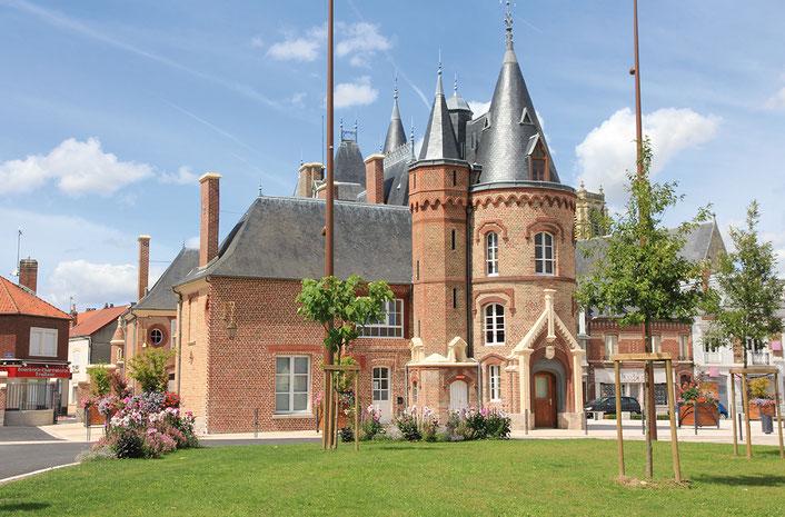 (DR) Château de Corbie-Val de Somme-CASA Chambres d'hôtes-Amiens