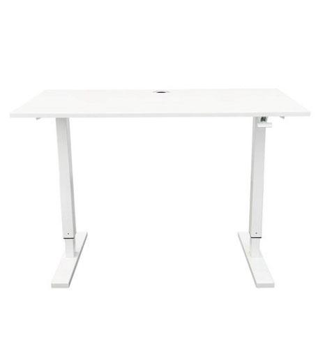 Höhenverstellbarer Schreibtisch weiß,  freigestellt vor einem weißen Hintergrund