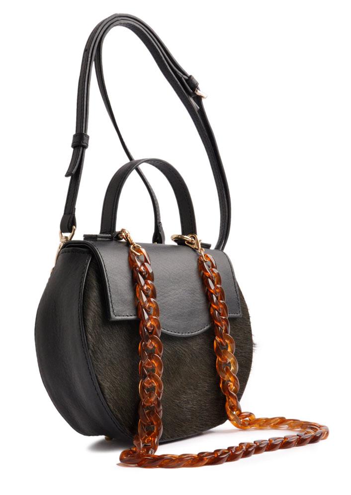 exklusive Trachtentasche aus edlem Leder . Dirndltäschchen in schwarz . Schultertasche . OSTWALD Traditional Craft