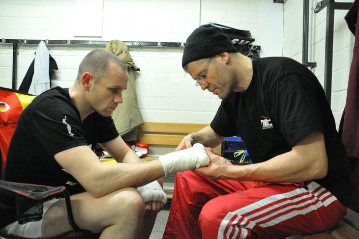 Taping mit Trainer Achim Böhme MBC Ludwigsburg