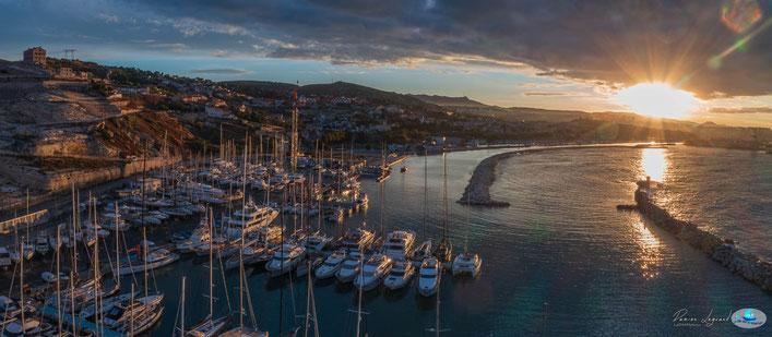 Levé du soleil sur Marseille