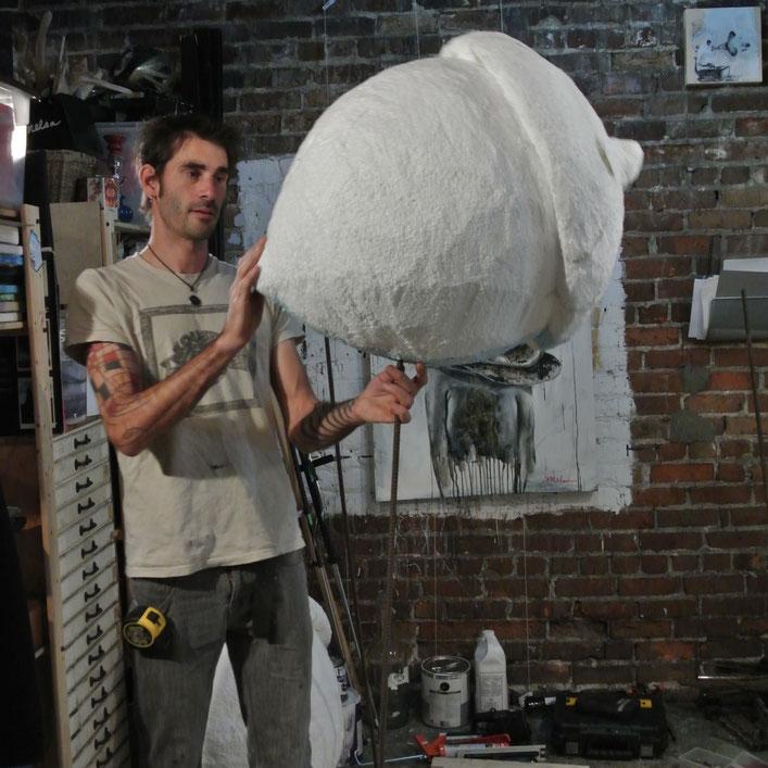 fabrication en atelier des glands pour LE PROLIFERATEUR