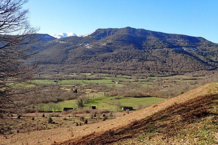 Vue sur la Vallée de Bergon.
