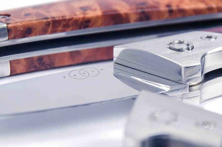 Centallock Mechanismus von Facto Messermanufaktur: Design: Janos Freuschle