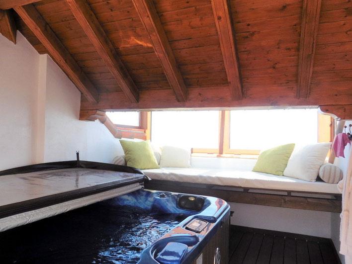 Dachterrasse mit Whirpool