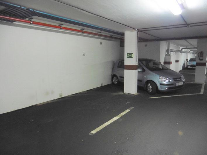 2 Garagenstellplätze