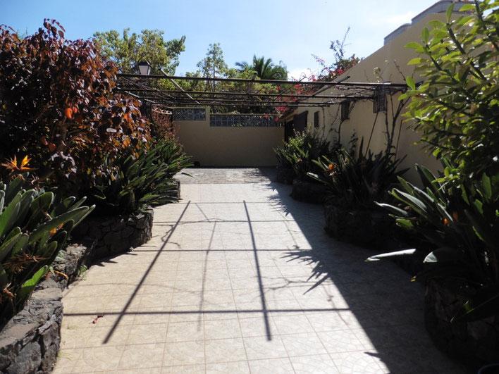 2. Zugang zum Haus