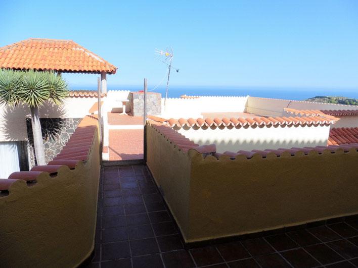 Blick auf die grosse Terrasse