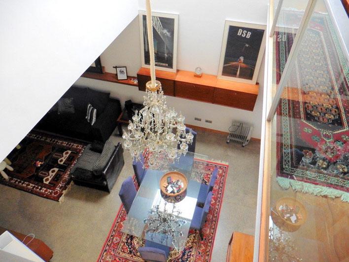 Blick vom oberen Stockwerk
