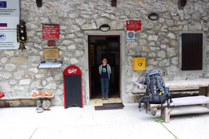 Am nächsten Morgen ging es los - der große Rucksack blieb natürlich in der Hütte...