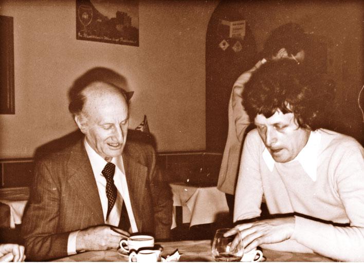 Pedro Meier – Gerhard Meier Verleihung Berner Literaturpreis 1978 – Alfred Kolleritsch  (Literaturzeitschrift »manuskripte«, Forum Stadtpark, Graz) Suhrkamp, Zytglogge – Archiv ©  Pedro Meier/ProLitteris Zürich Multimedia Artist, Niederbipp bei Solothurn