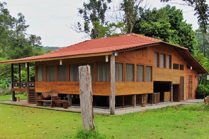 In diesem tollen Holzhaus durfte ich ganz alleine wohnen
