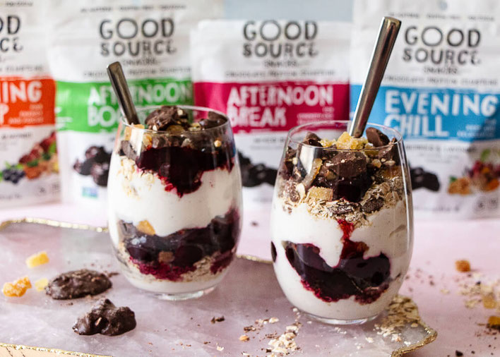 Looking for breakfast parfait recipes & Greek yogurt parfaits? This dark chocolate recipe with cherries is sure to become one of your favorite gluten free recipes & vegetarian recipes. #parfait #yogurtparfait #breakfast #glutenfree #vegetarian #chocolate