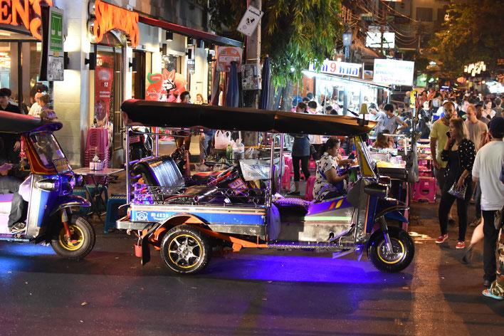 Bangkok, Thailand, Nacht, Tuk Tuk, Markt, Fotografie, Photography, Reise, Russelsheim am Main, Rüsselsheim, Hessen, Fotograf, Tagesbuch, Asien