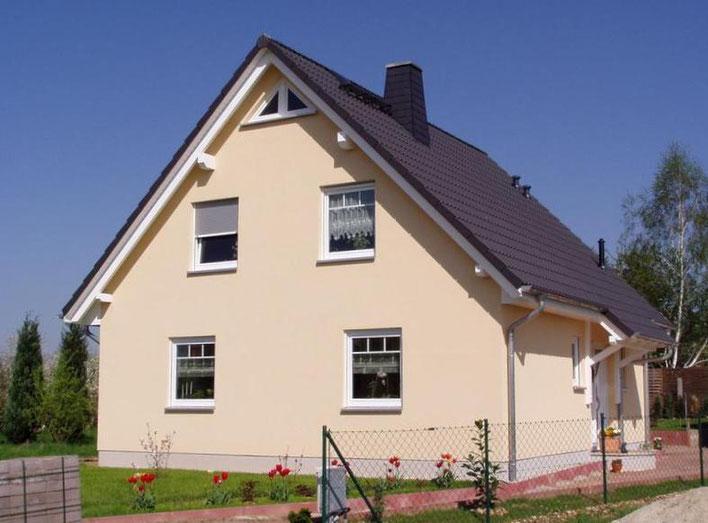 F-SH124 Stadthaus mit 4 oder 5 Zimmer plus Küche Bad G.-WC Diele und HAR