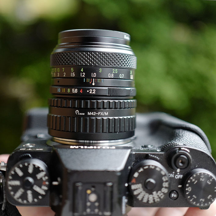 Fujifilm FUJINON 55mm F2.2 M42マウントを X-T2 に装着