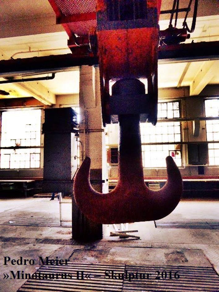 Pedro Meier – Skulptur Nr. 2 – ArtCampus recording Attisholz Solothurn. Minotaurus Projekt – Ready-made Skulpturelle Positionen. Photo 2016 © Pedro Meier/ProLitteris Zürich Multimedia Artist, Bangkok Art-Group. Gerhard Meier-Weg Niederbipp Bern Oberaargau