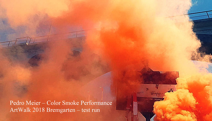 Pedro Meier – Art Walk Bremgarten – Color Smoke Performance, (test run) – Pontoniere, Reuss, Holzbrücke, Eisenbahnbrücke BD nach Wohlen – Restaurant Bijou – Stadthof – © Pedro Meier Multimedia Artist Gerhard Meier-Weg Niederbipp – VISARTE, SIKART Zürich