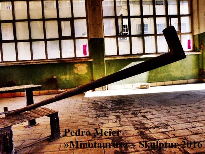 Pedro Meier – Skulptur Nr.18 – ArtCampus recording Attisholz Solothurn. Minotaurus Projekt – Ready-made Skulpturelle Positionen. Photo 2016 © Pedro Meier/ProLitteris Zürich Multimedia Artist, Bangkok Art-Group. Gerhard Meier-Weg Niederbipp Bern Oberaargau