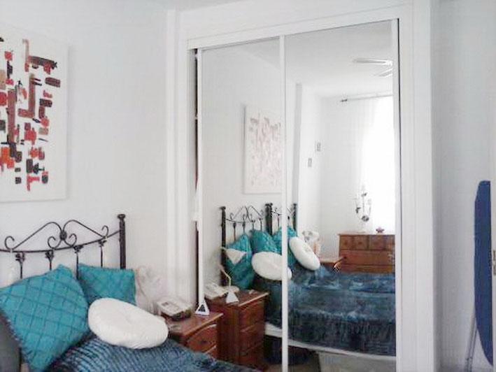 Spiegel Einbauschrank im 1. Schlafzimmer