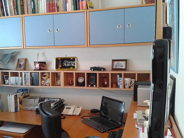 3. Schlafzimmer ist zur Zeit ein Büro
