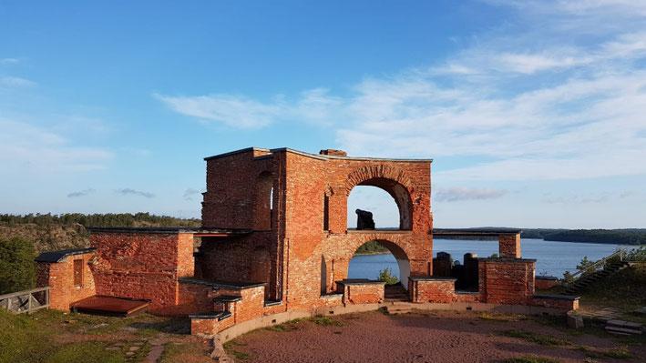 Festung aus dem Jahre 1830 die während der Krimkriege zerstört wurde - unser heutiger Schlafplatz
