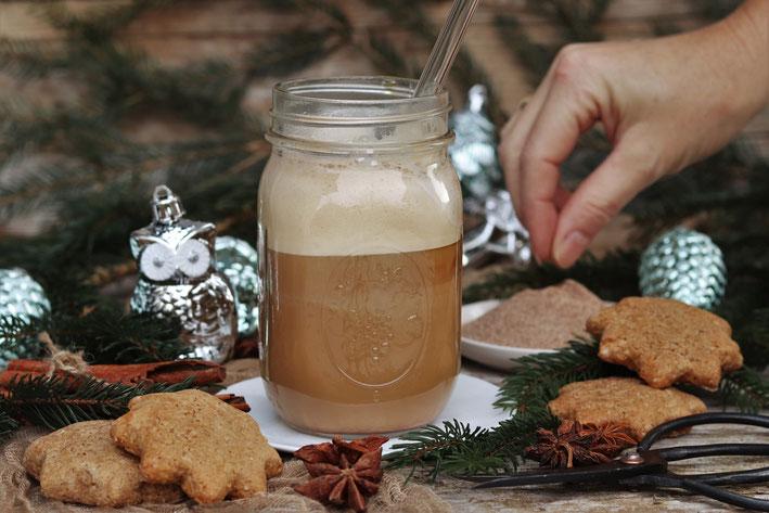 Adventzucker mit Kaffee