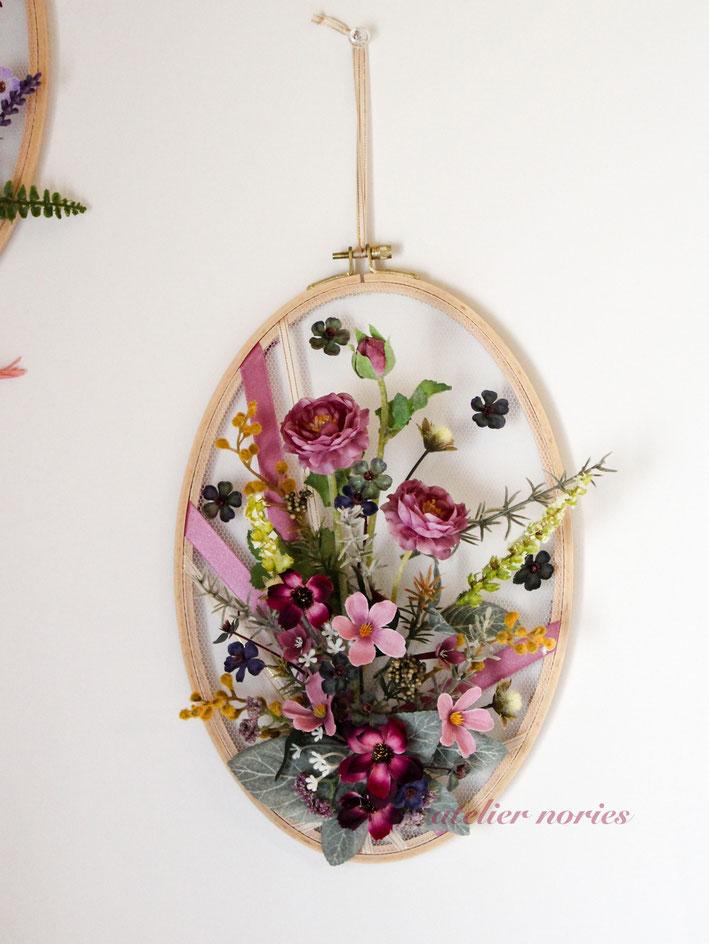 アート・プリザーブドフラワークラス 「秋のはじまり 刺しゅう枠のカレイドフレーム」ピンク