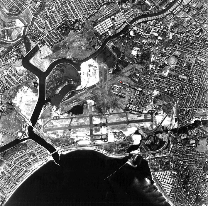 Sydney's Kingsford-Smith Airport in 1953