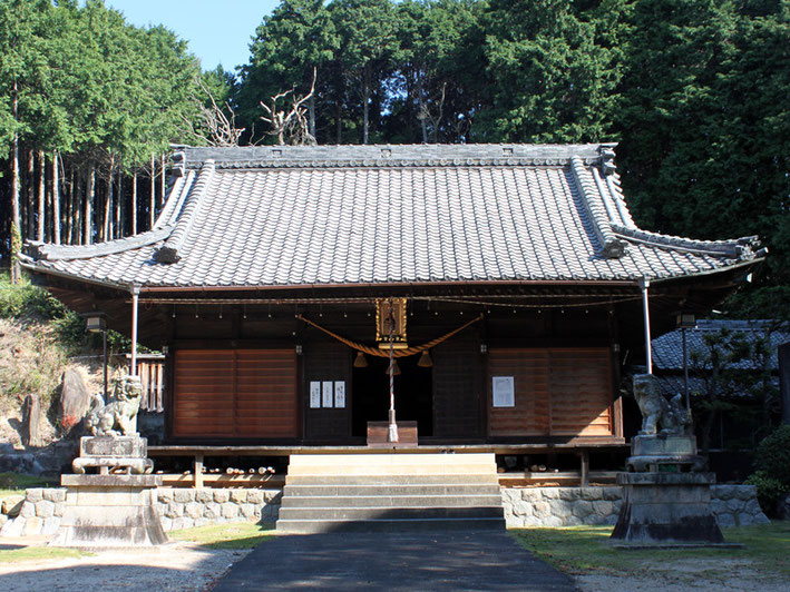 八柱神社(豊岡町)