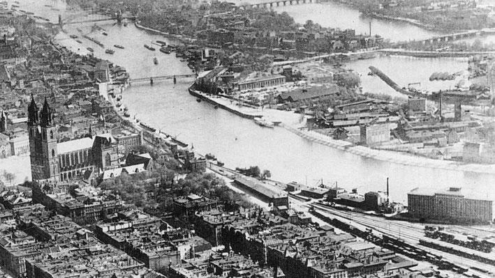 Blick vorbei am Magdeburger Dom auf den bebauten Stadtmarsch (rechts) 1921. Foto: Stadtarchiv Magdeburg Foto: Stadtarchiv Magdeburg