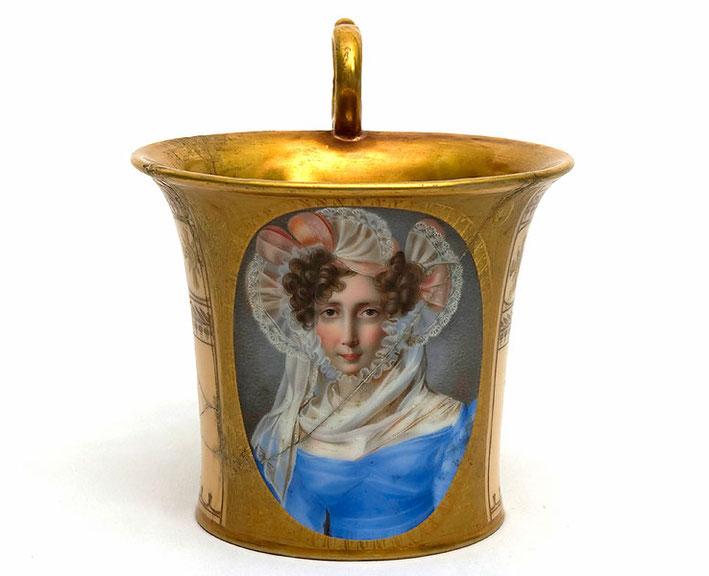 Чашка с портретом Т. Б. Потемкиной. 1831 г. ГМК и «Усадьба XVIII в. Кусково»