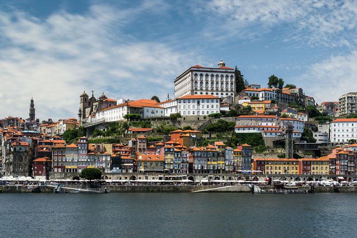 Porto vom Douro aus