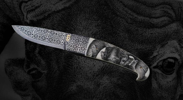 Scrimshaw in Elfenbein auf einem feinen Damastmesser von Johannes Ebner