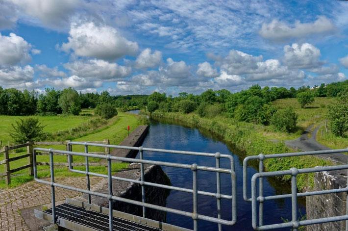Mit dem Hausboot auf dem Shannon-Erne-Waterway in Irland