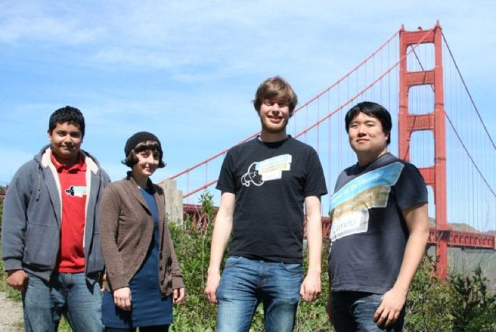 von links nach rechts: William, Christina, Jimdo-Gründer Christian und Powen