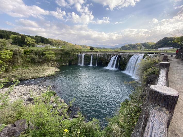 大分ローカルタレントによる大分県の観光情報(原尻の滝編)
