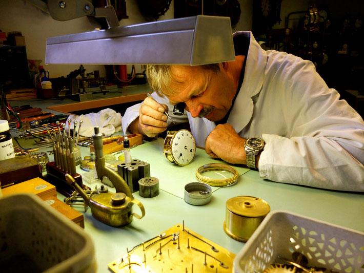 réparation horloge genève henry maystre